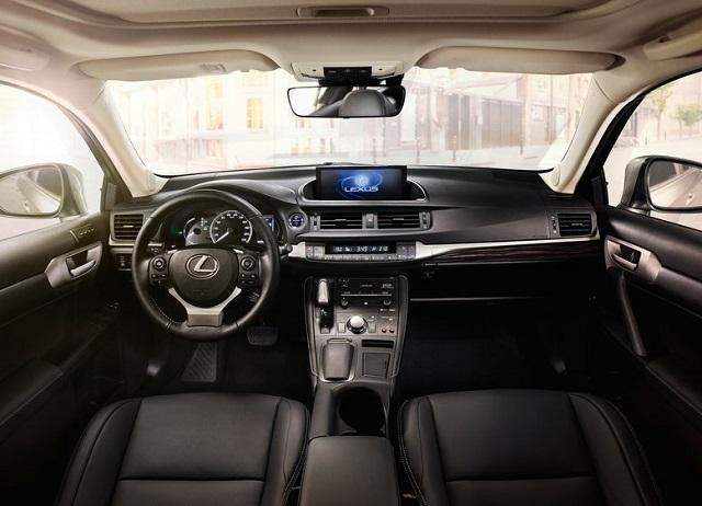 Lexus-CT-200h-Dnepr